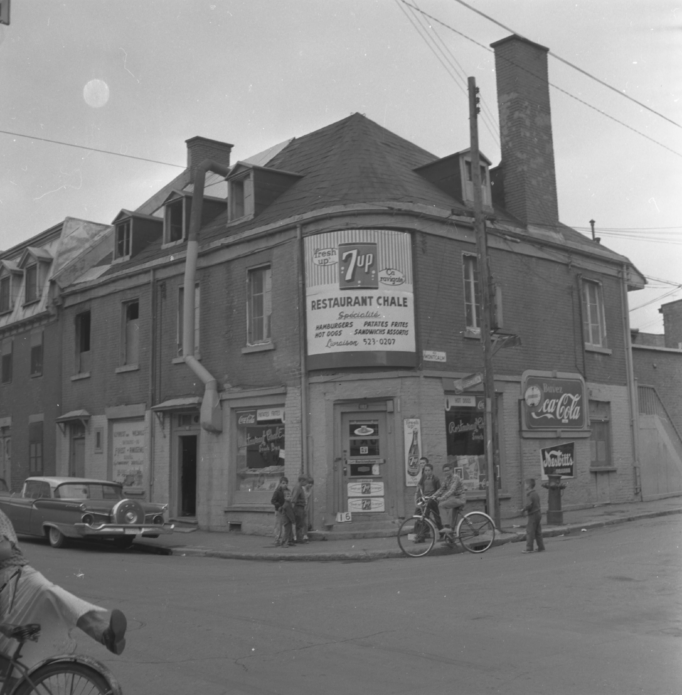 Restaurant Chale, 1189 De La Gauchetière Est, Archives de la Ville de Montréal, VM094-C196-0065